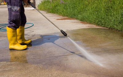 Bellevue Pressure Washing and Window Cleaning from Top 2 Bottom!